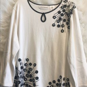 Alfred Dunner, size M, embellished top, preowned